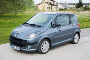 Rendiautorent- Peugeot 1007